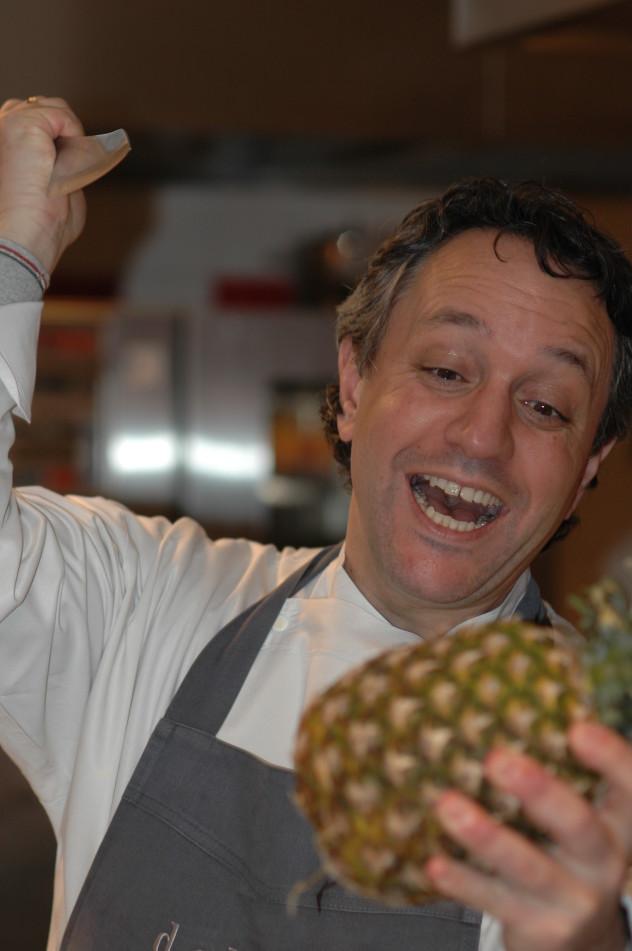 Michiel & de ananas Michiel wint.